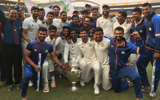 Vidarbha team celebrates the Ranji Trophy victory. (Photo Source: Twitter)
