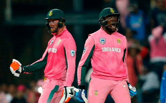 Heinrich Klaasen and Andile Pehlukwayo of South Africa. (Photo by GIANLUIGI GUERCIA/AFP/Getty Images)