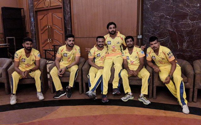 CSK players ahead of a headshot session. (Photo Source: Twitter)