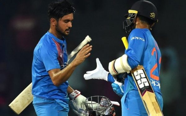 Manish Pandey and Dinesh Karthik. (Photo Source: Getty Images)