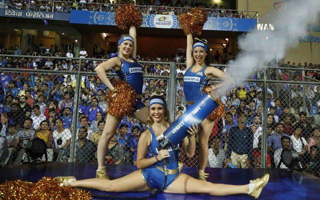 Mumbai Indians cheerleaders. (Photo Source: Twitter)