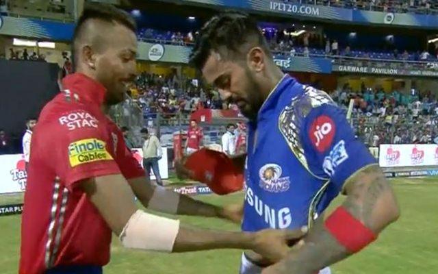 Hardik Pandya and KL Rahul exchange their jerseys. (Photo Source: Twitter)