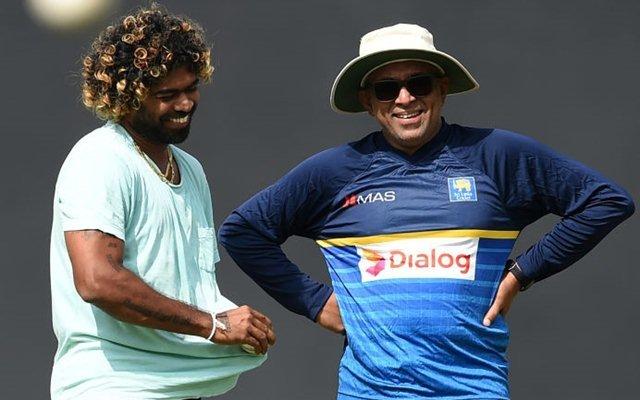 Lasith Malinga with the new head coach Chandika Hathurusingha. (Photo Source: Getty Images)