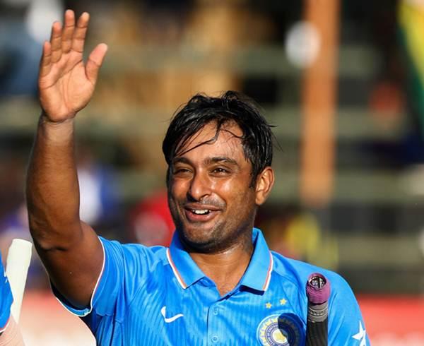 India batsman Ambati Rayudu. (Photo by JEKESAI NJIKIZANA/AFP/Getty Images)