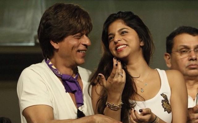 Shah Rukh Khan and his daughter Suhana. (Photo Source: Twitter)