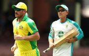 Aaron Finch and Justin Langer. (Photo by Ryan Pierse/Getty Images)