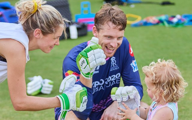 Jos Buttler With Family (Image Credit- Twitter)