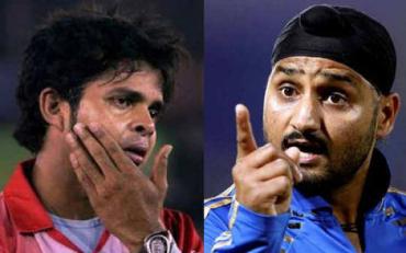 Harbhajan Singh and Sreesanth. (Photo via Getty Images)