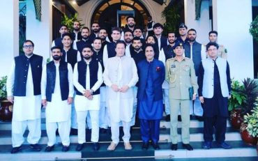 Imran Khan and Pakistan T20 World Cup squad. (Photo source: Twitter)